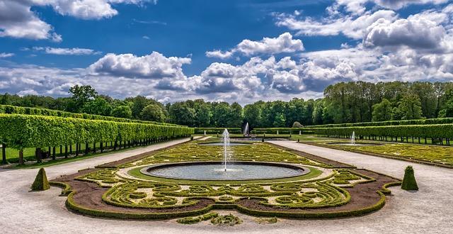 barokní zahrada.jpg