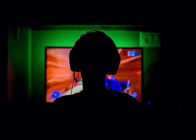Hraní po internetu