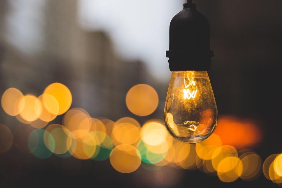 rozsvícené světlo